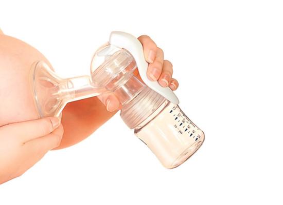 Количественный и качественный состав грудного молока у родильниц